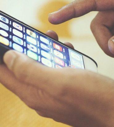 Vinkkejä iPhone-älypuhelimen suojaamiseen kyberuhkilta