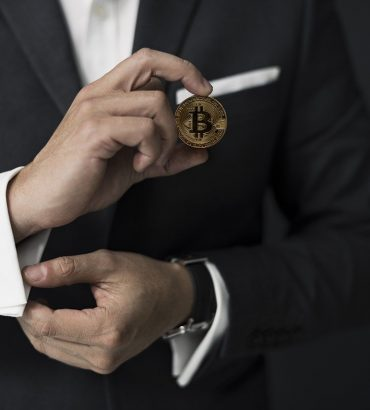 Neuvoja bitcoineihin sijoittamiseen liittyen